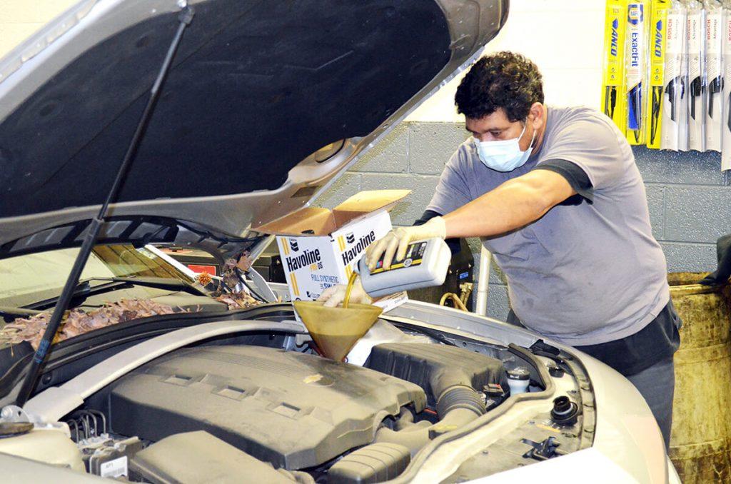 Full Service Auto Technicians